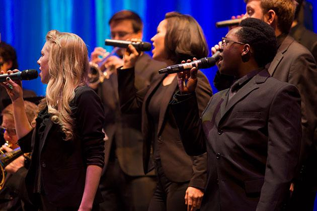 Vocal Jazz performs with Jazz Lab Band I at the 2017 UNC Arts Gala.